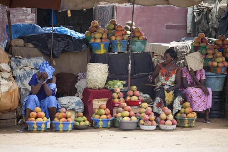 Senegalese fruit sellers