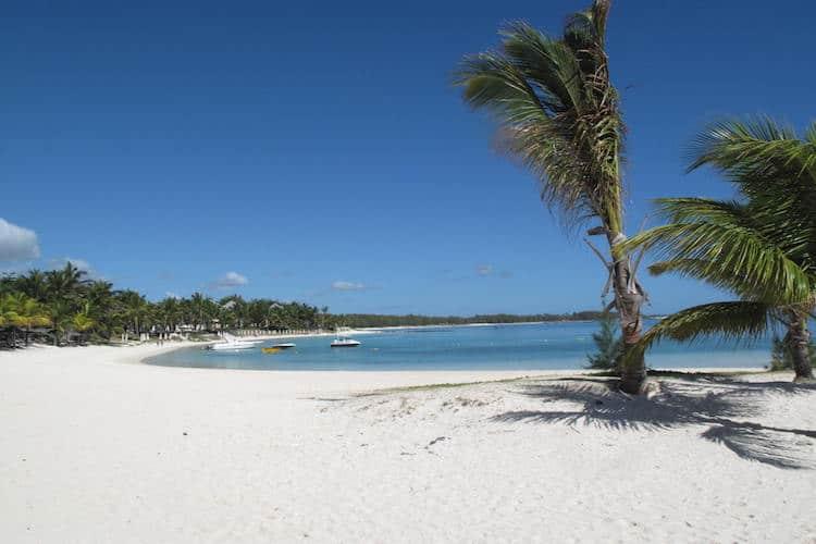 Idyllic beach scene in Mauritius